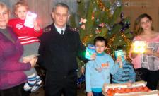 Морозовский ГИБДД дарят подарки детям из приюта. проМорозовск